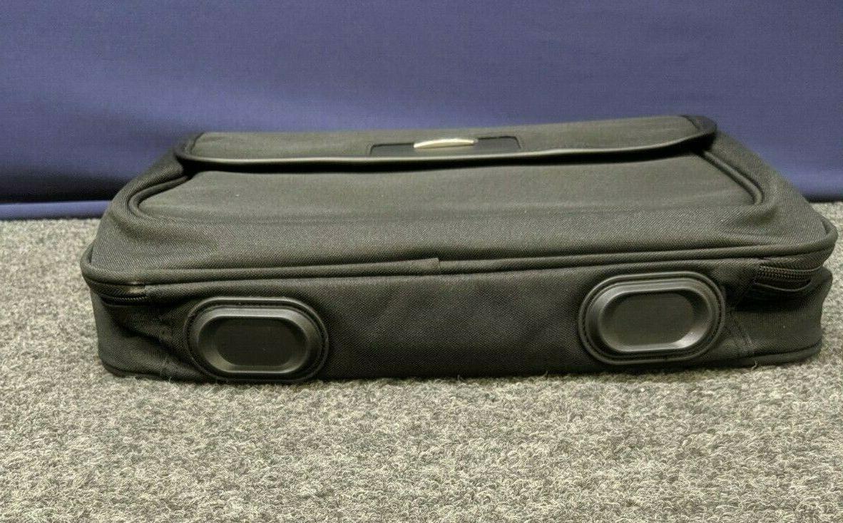 Targus Notebook Case Shoulder Messenger Holder